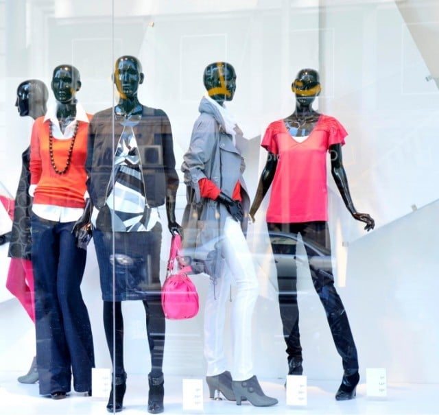 iStock 000005361504Small Clothing 640x605 - 6 Benefits of an Automated POS System in Retail